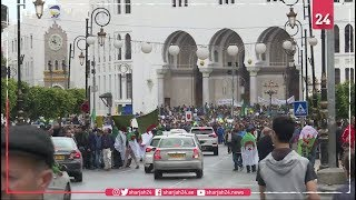 Hundreds of thousands back on Algeria's streets on Friday