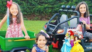 Öykü and cousins Pretend to play Princess magic - Fun kids video
