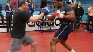 ABSOLUTE BEAST! - ANTHONY JOSHUA WRECKS THE PADS WITH TRAINER ROB McCRACKEN / JOSHUA v KLITSCHKO