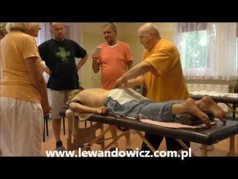 Koślawe zniekształcenie stawu kolanowego w kodzie ICD 10