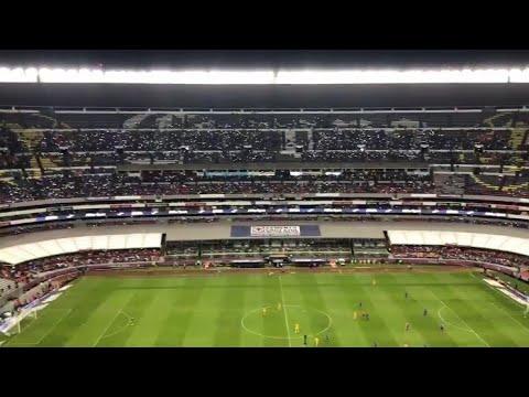 """Hinchada Azul vs Tigres"" Barra: La Sangre Azul • Club: Cruz Azul"