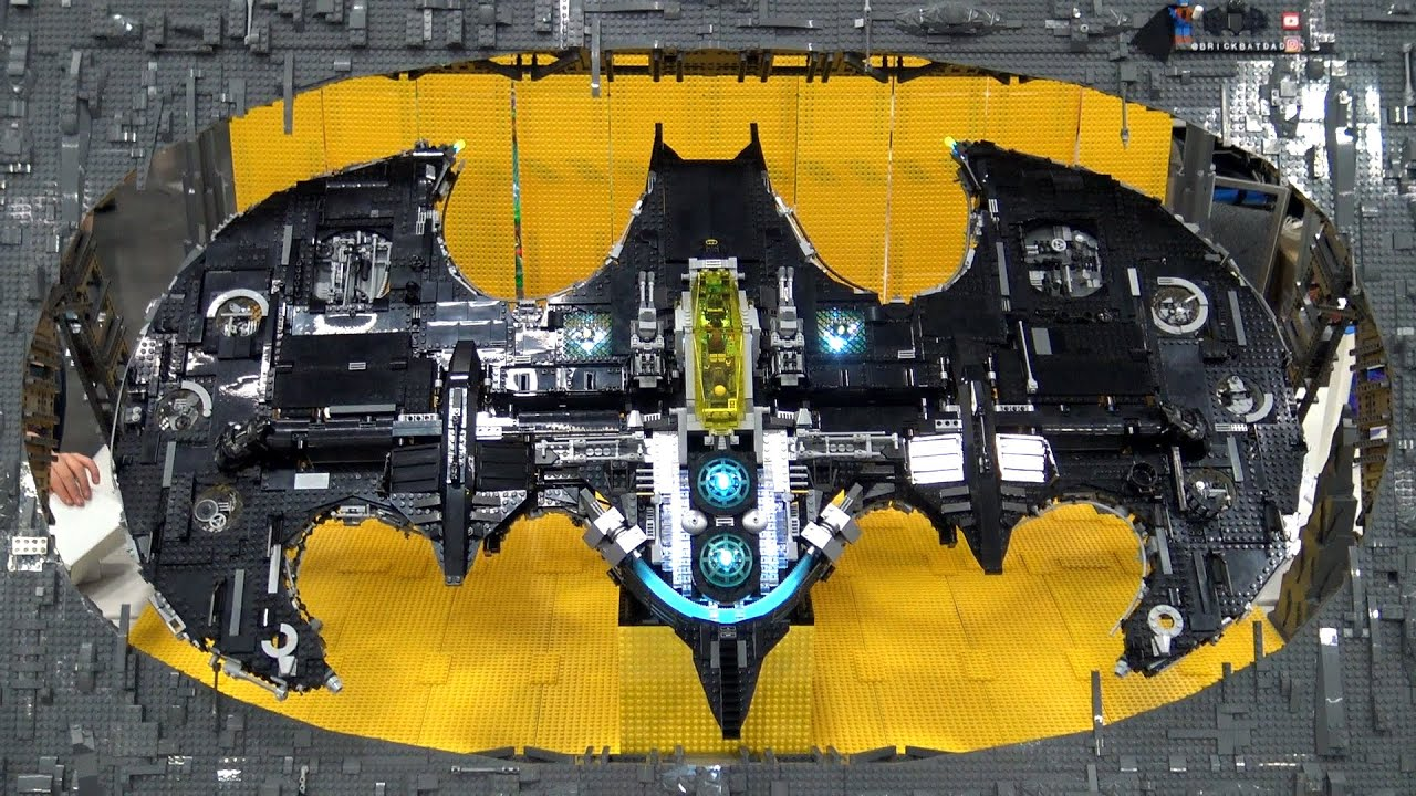 Giant Spinning LEGO Batwing | Bricks Cascade 2020