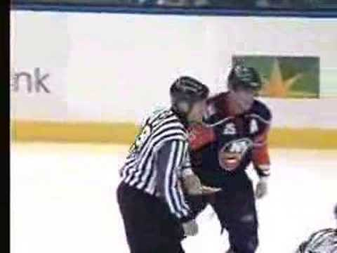 Andy Sutton vs. Colton Orr