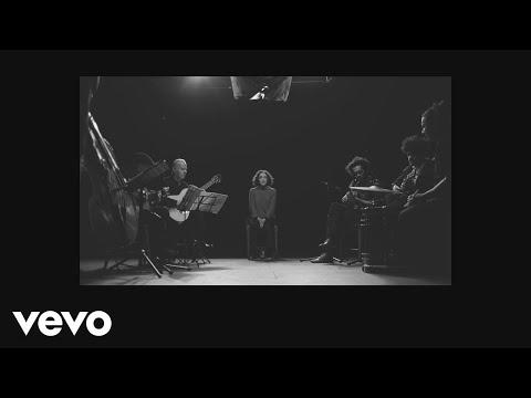 Qué He Sacado Con Quererte (Letra) - Natalia Lafourcade feat. Los Macorinos (Video)