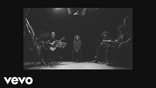 Video Qué He Sacado Con Quererte (Letra) de Natalia Lafourcade feat. Los Macorinos