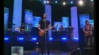 Maroon 5 - Won't Go Home Without You (Live Ellen Deg. Show)