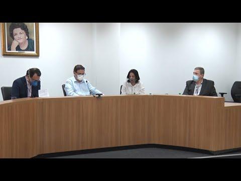 Comissão aprova atendimento por intérprete de Libras na saúde pública e exames médicos em braile