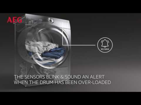 AEG Freestanding Washing Machine L7FBE942CA - White Video 3