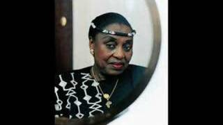 Xica Da Silva- Miriam Makeba