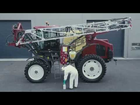 The lightest self-propelled sprayer from HARDI - the new HELLIOS III