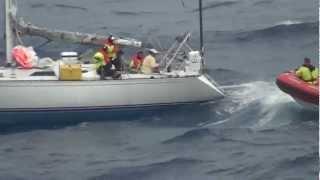 Norwegian Star rescues the Avenir sailboat in the Atlantic Ocean