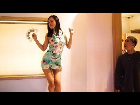 姐姐在韓國穿旗袍去KTV飲酒唱歌,被弟弟發現後竟然!?