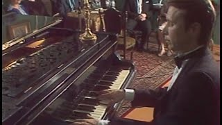 Mikhail Pletnev plays Rachmaninoff Etude op. 33 no. 8 on Rachmaninoff's piano - video 1987