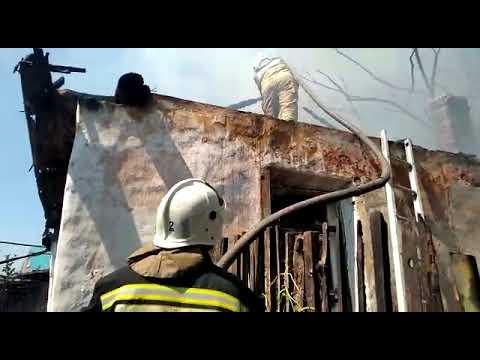 Полицейские начали проверку в связи с пожаром в пос. Запанской