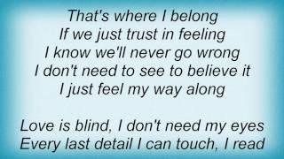 Suzy Bogguss - Love Is Blind Lyrics
