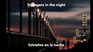 Frank Sinatra - Strangers In The Night (Subtitulada Inglés/Español)