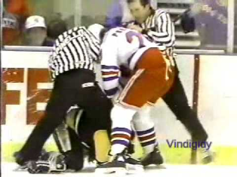 Rudy Poeschek vs. Randy Hillier