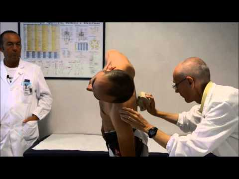 Dolore alle articolazioni dellanca presso ladolescente