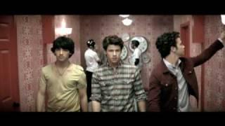 Paranoid - Jonas Brothers  (Video)