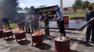 Polres Banjarbaru Musnahkan 52 Butir Ineks Serta Puluhan Ribu Butir Carnophen