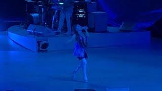 Ariana Grande   Breathin ( Sweetener World Tour Antwerp, Belgium )