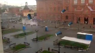 ОСТОРОЖНО! По МОСКВЕ летают БИОТУАЛЕТЫ!!!