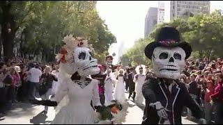 Especiales Noticias - Desfile del Día de Muertos. El inicio de un nuevo peregrinar