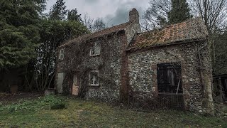 A Real Time Capsule - Abandoned House Left Untouched Since The 1960s