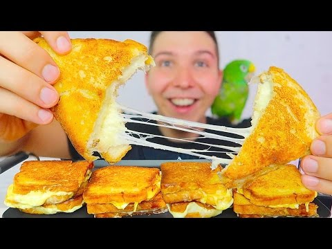 CHEESIEST GRILLED CHEESE • Mukbang & Recipe