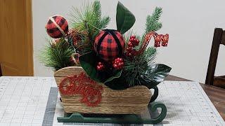 #centerpieces #christmas #diycenterpieces DIY Christmas Centerpiece