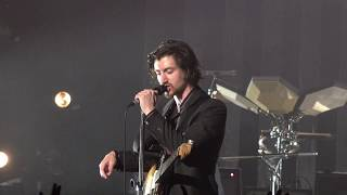 [4K] Arctic Monkeys - Do Me a Favour (Tranquility Base Hotel + Casino Tour 2018 London)
