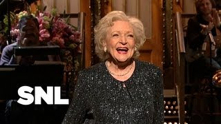 Betty White Monologue: Facebook – Saturday Night Live