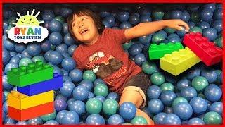 CHILDREN'S MUSEUM Pretend Play! Family Fun for Kids Indoor Playground Children Activities