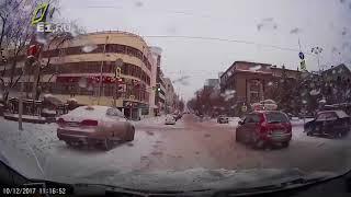 Новая подборка ДТП 12 12 2017 аварии происшествия на регистратор декабрь Car Cra