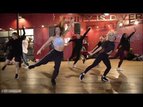 w32.perrun X Kyle Hanagami Dance Remix (Chicken Noodle Soup by J-Hope feat. Becky G)