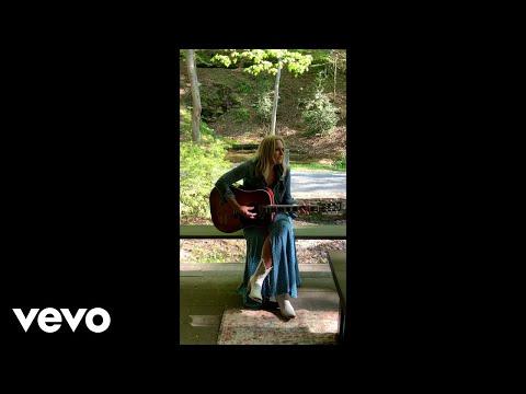 Miranda Lambert - Bluebird (Acoustic Vertical Video)