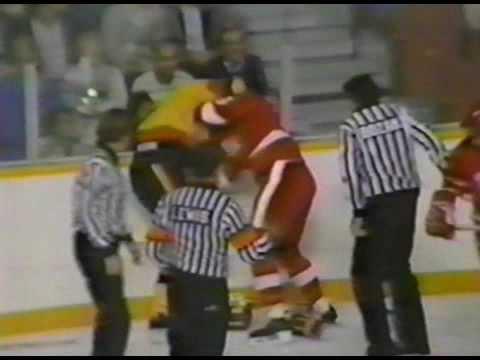 Dave Lowry vs. Joey Kocur