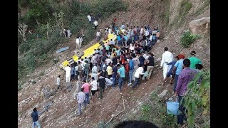 27 children killed as India school bus plunges off cliff  - VIDEO