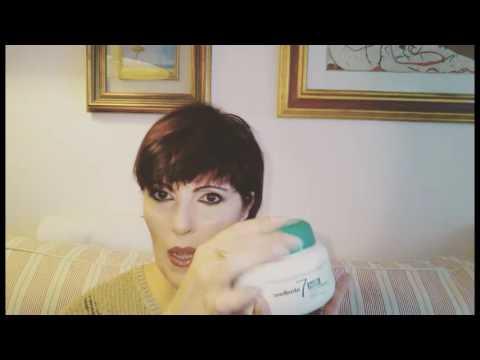 La crema da pigmentary nota su risposte di faccia