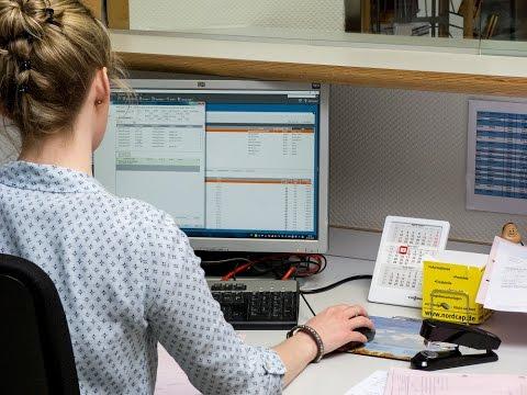 Bei der Halisch GmbH suchte man ein Telematik-System, mit welchem die Aufträge digital abgewickelt werden können. Zudem sollte die Arbeitszeiterfassung digitalisiert und das Warenwirtschaftssystem direkt angebunden werden