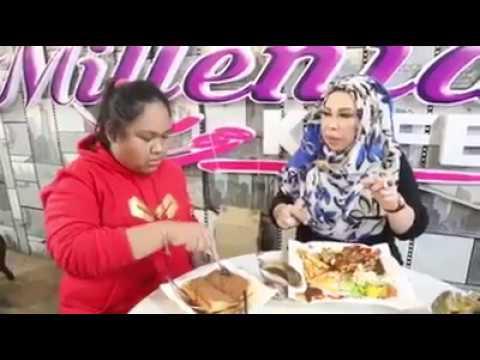 [ Viral ] Cik B makan sampai menangis