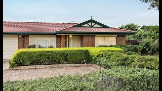 8 Green Close, Delahey