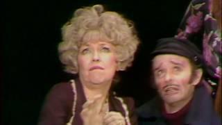 "Annie "" Easy Street "" Tomorrow "" Dorothy Loudon, Andrea McArdle"