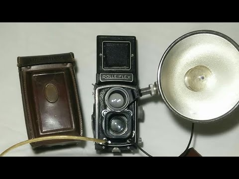 Exclusive Rolleiflex with Accessories..
