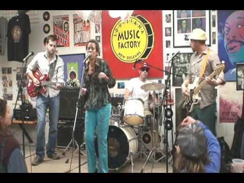 Margie Perez @ Louisiana Music Factory 2008