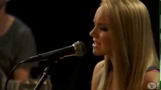 Danielle Bradbery 'Never Like This' acoustic A++!!