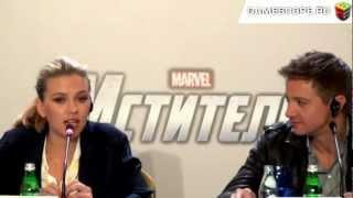Скарлетт Йоханссон, Пресс-конференция фильма Мстители (The Avengers Press Conference)