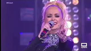 """Sonia Priego (La Húngara) En El Programa """"A Tu Vera"""" Cantando •Abre Los Ojos•"""
