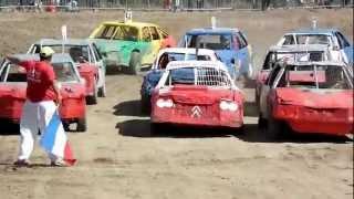 preview picture of video 'Stock-cars de Nueil-les-Aubiers (4) 12 août 2012'