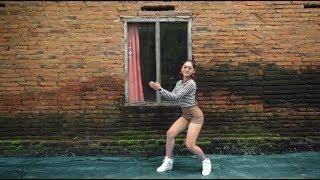 Vita Alvia   Goyang Njentit   Kalah Cepet ( Korean Dance Tutorial )